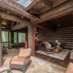 Arrowhead-exterior-living-area-WEILAND-bifold-doors